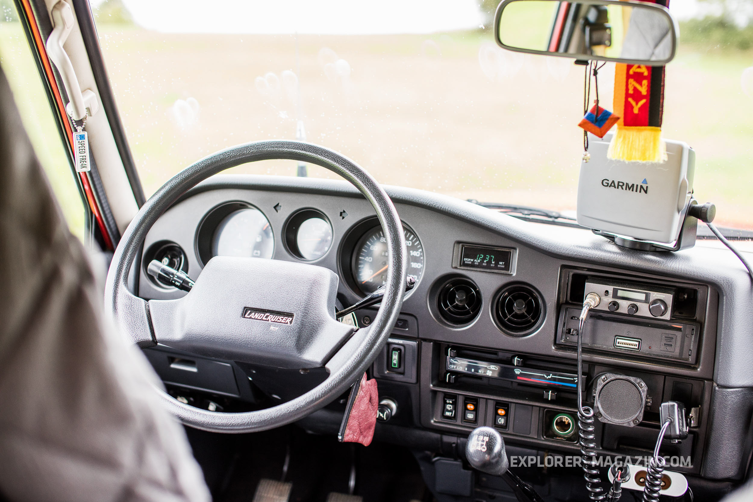 Toyota Land Cruiser HJ 61