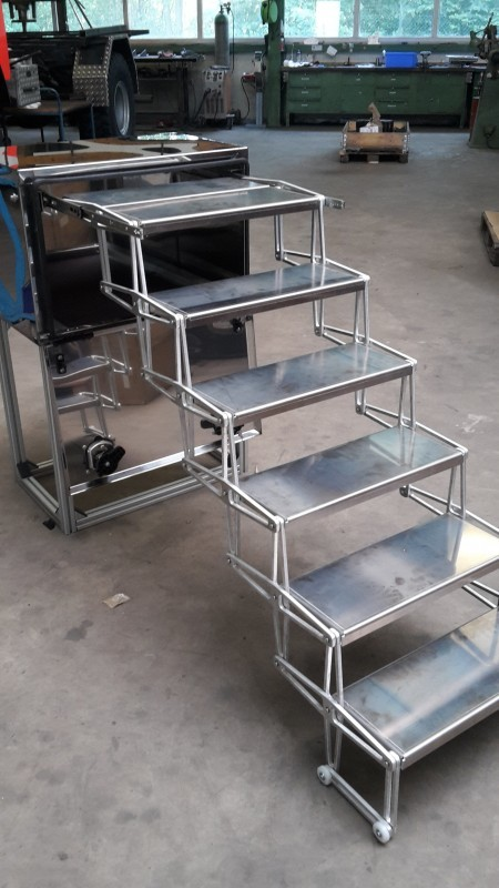 Alu Falttreppe von Alberts Allradtechnik