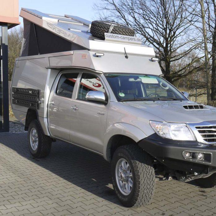 Toyota Hilux Double-Cab Custom Campers gebraucht zu verkaufen