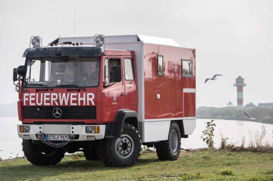 Das Feuerwehr-Reisemobil - die Schönheit vom Deich