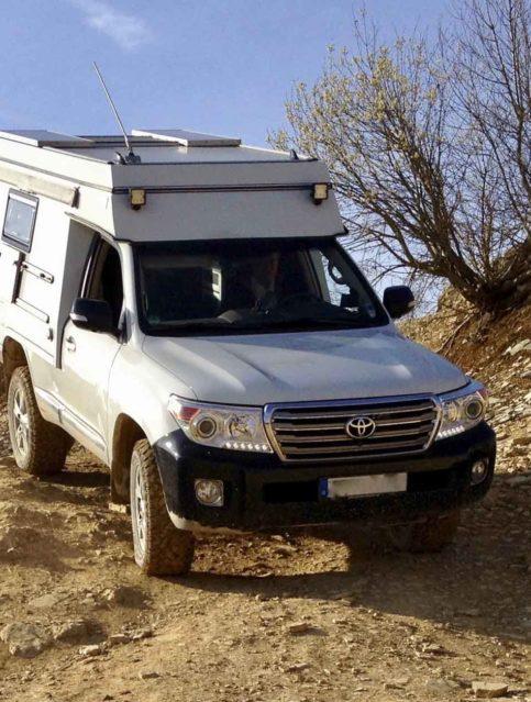 Toyota Landcruiser VDJ 200 Expeditionsmobil gebraucht zu verkaufen