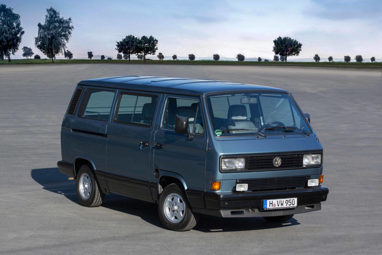 Kult mit Heckmotor: Der T3 bildete die letzte Baureihe mit dem Motor auf der Hinterachse. Foto: Volkswagen