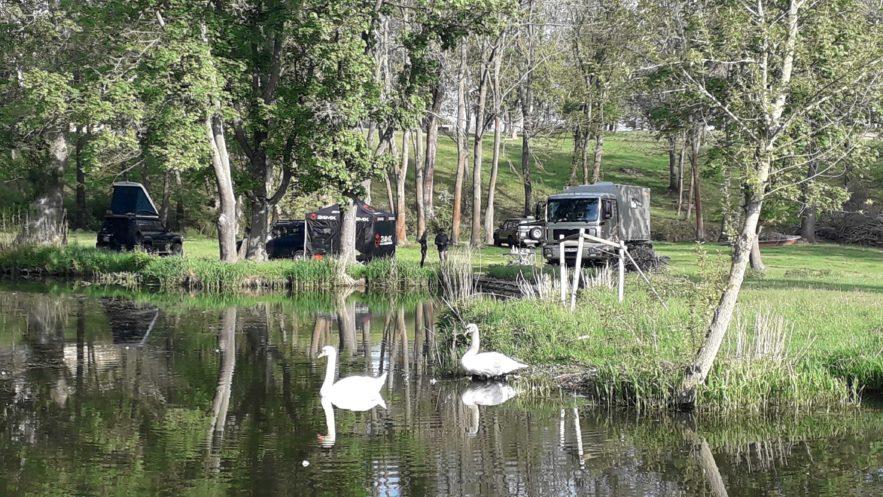 """Camping in naturnaher Umgebung - in Zeiten von Corona ist das """"Wie wild""""-Camp eine tolle Alternative zu überlaufenen Campingplätzen"""